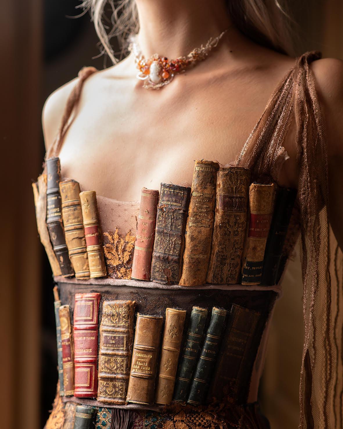 Robe livre Sylvie Facon, tranches de livres