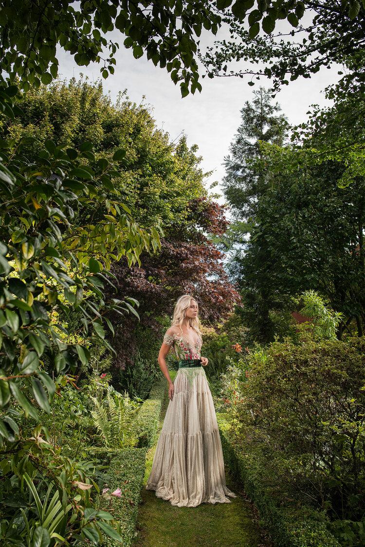 Sylvie Facon, robe inspiration florale, robe motifs fleuris. Photo : Charles Delcourt