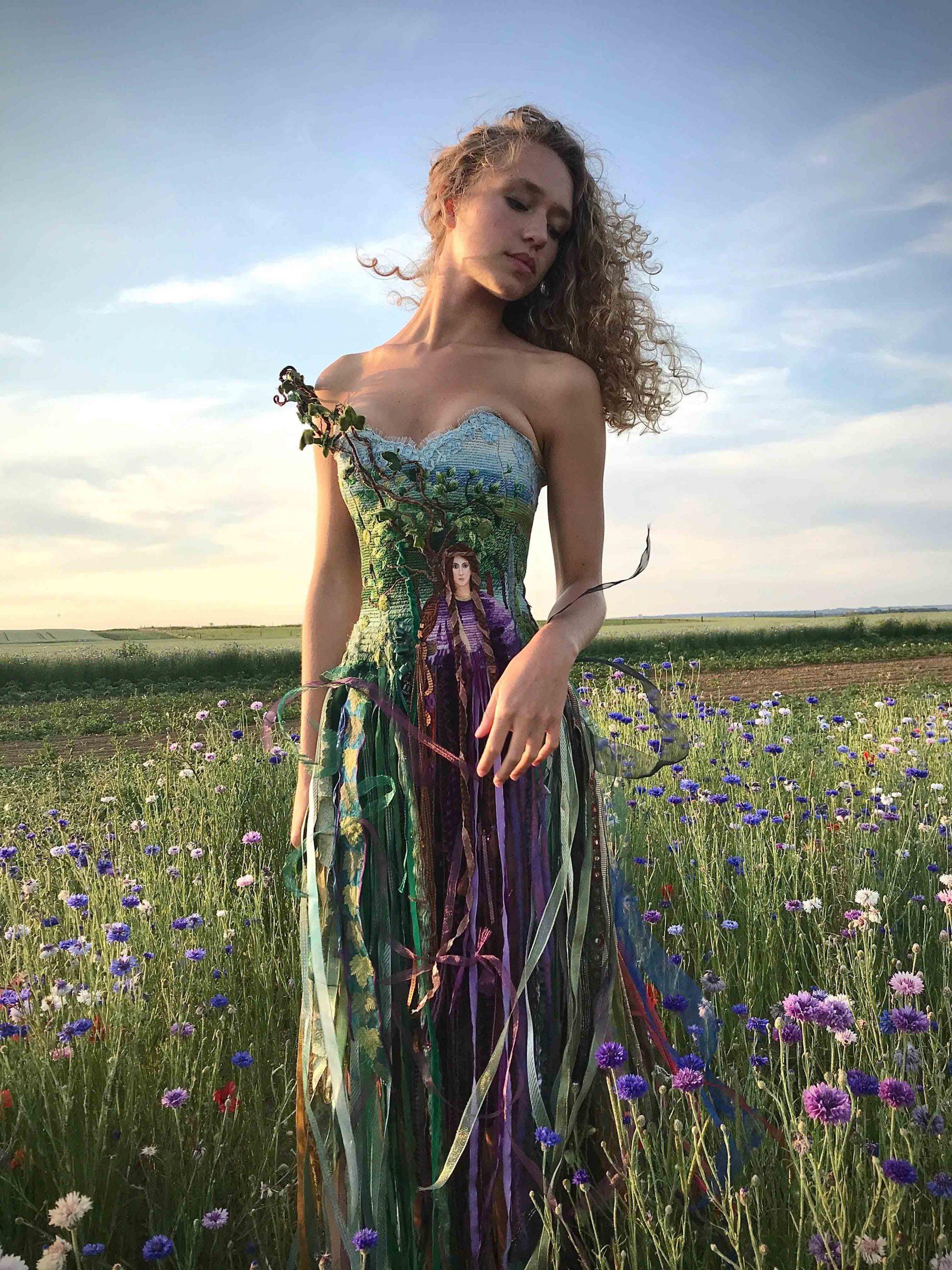 Sylvie Facon, robe tableau, broderie