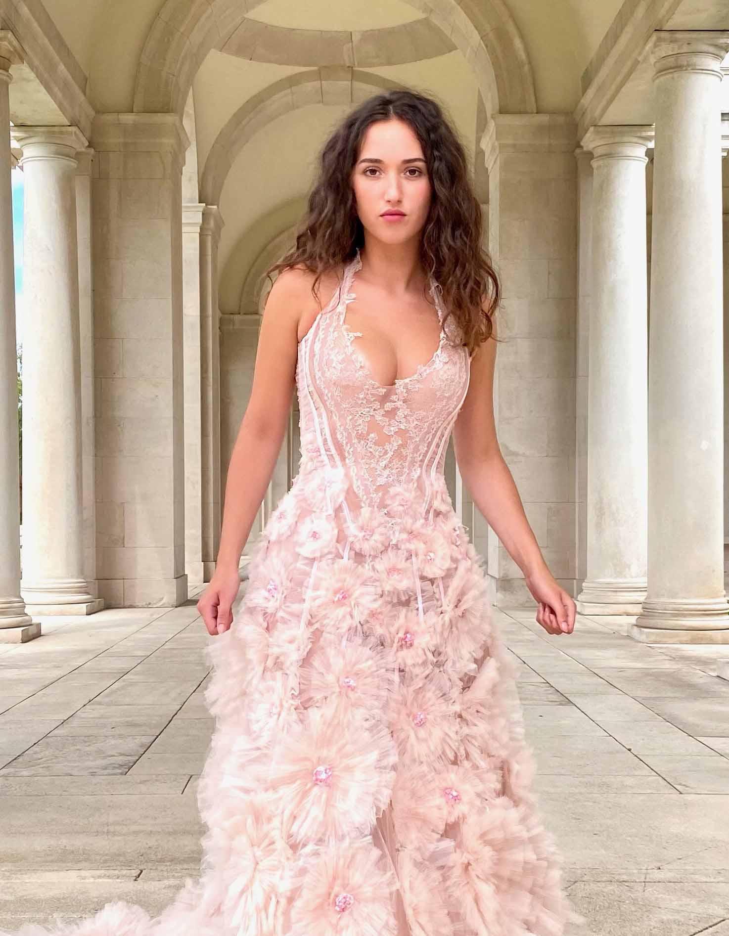 Robe de mariée Sylvie Facon, floraison textile
